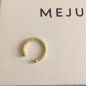 Jewelry - Mejuri Twisted Ear Cuff
